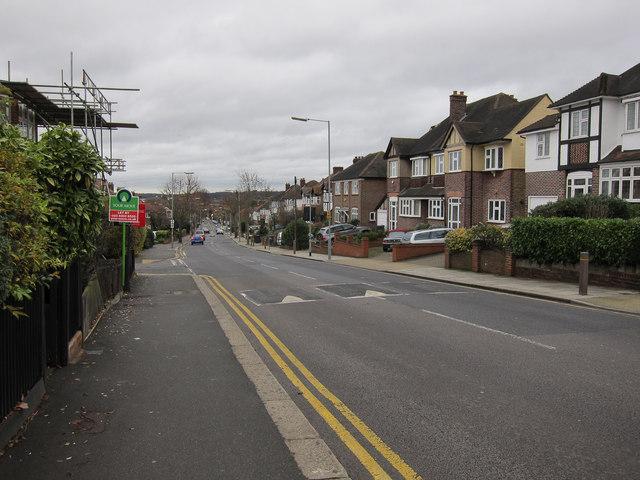 Villiers Avenue