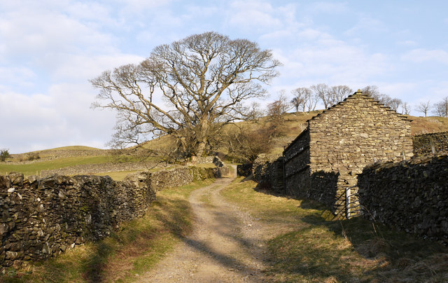 Fell Lane with barn near Troutbeck