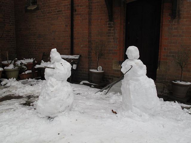 Snowmen go to church