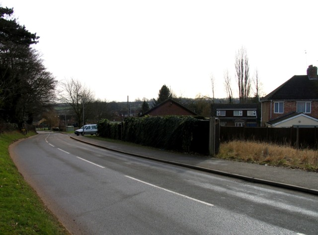 Rushton Road towards Rushton