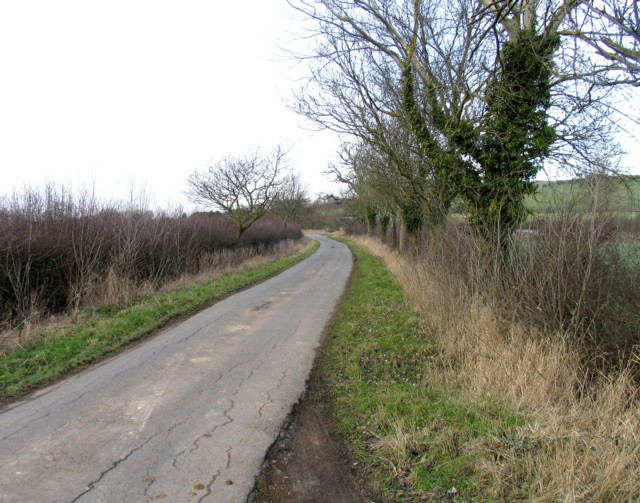 Wire Lane towards junction with Ashley Lane
