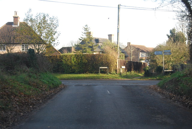 Approaching the end of Hawe Lane