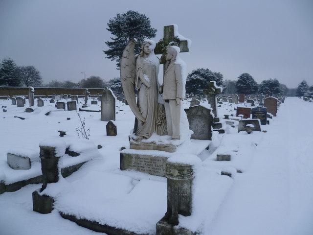 Memorial to John James Ellis in Woolwich New Cemetery