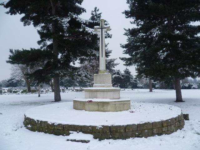 War Memorial in Woolwich New Cemetery