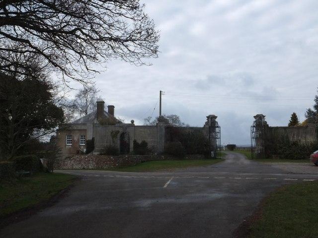 Gateway to Lindridge Park