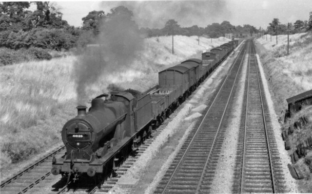 Down LMR freight nearing Standish Junction