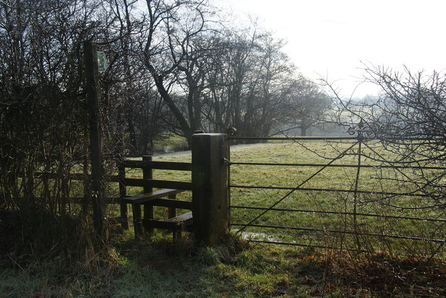 Footpath off Jackson's Banks Road