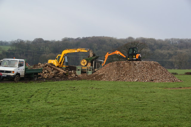 Rubble-grading at Lower House Farm