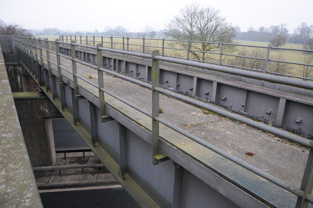 Former railway bridge over the M50