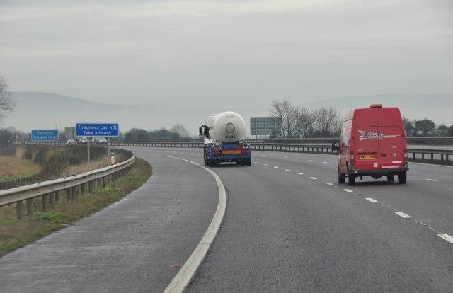 Sedgemoor : M5 Motorway Northbound