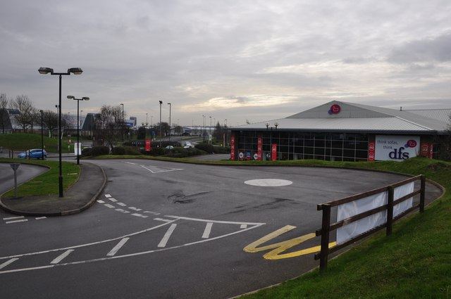 South Gloucestershire : Cribbs Causeway - Roundabout & DFS