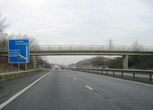 A3, Junction 2 turning