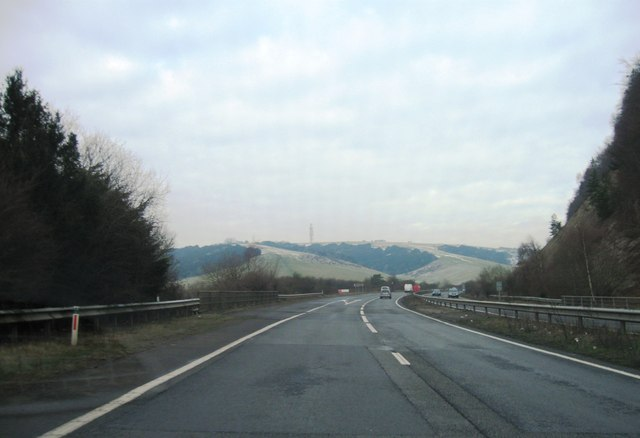 A3, Clanfield turning