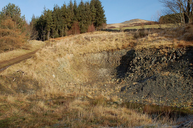Small quarry above Merrybrae