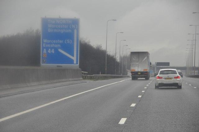 Wychavon : The M5 Motorway Northbound