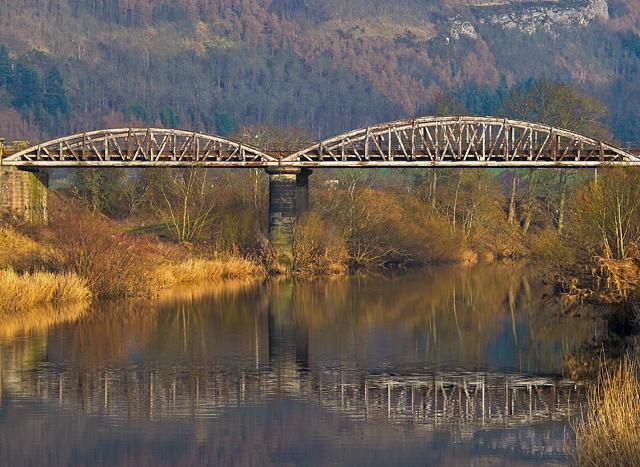 Railway viaduct near Dunbarney