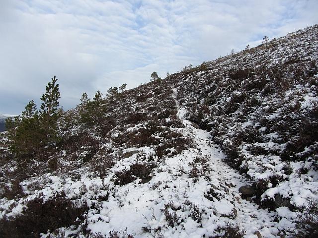 Path, Creag Follais
