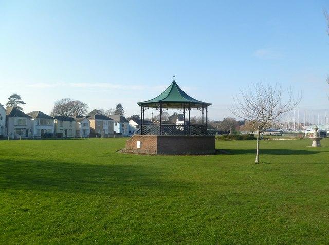 Lymington, bandstand