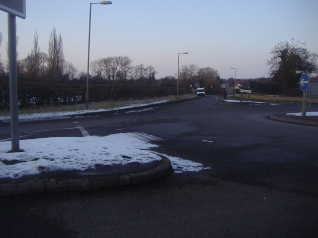Junction of Tylers Road and Epping Road