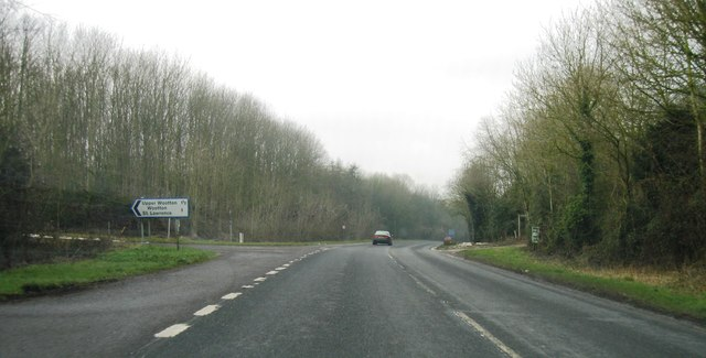 A339, turning for Upper Wootton