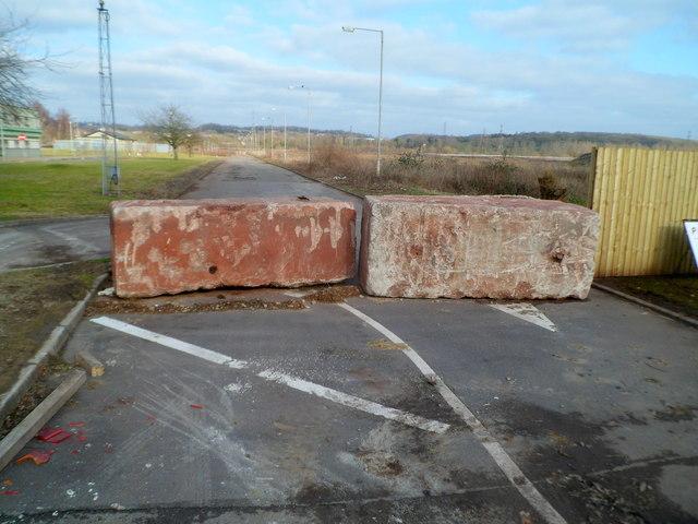 No vehicles beyond this point, Glan Llyn, Newport