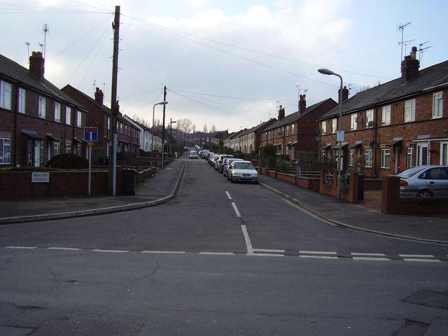 Beacon Avenue looking west