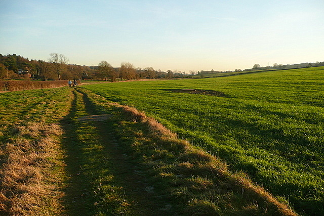 Footpath in the Misbourne valley
