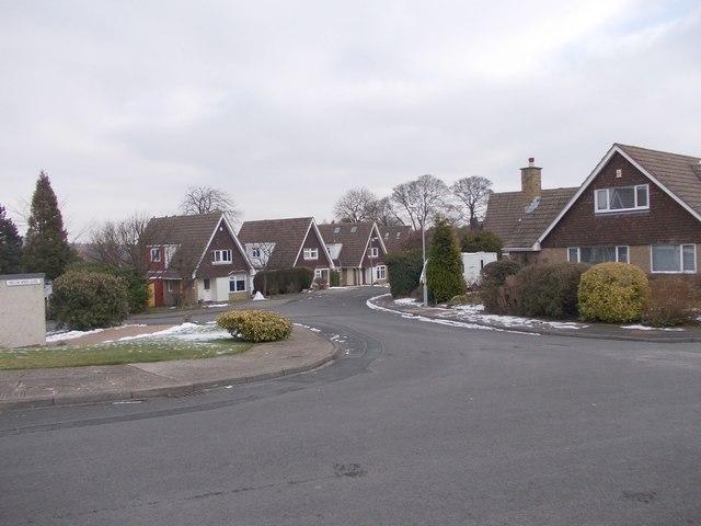 Hollin Wood Close - Moorhead Crescent
