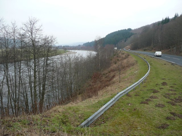 The A9 running parallel to the River Tay