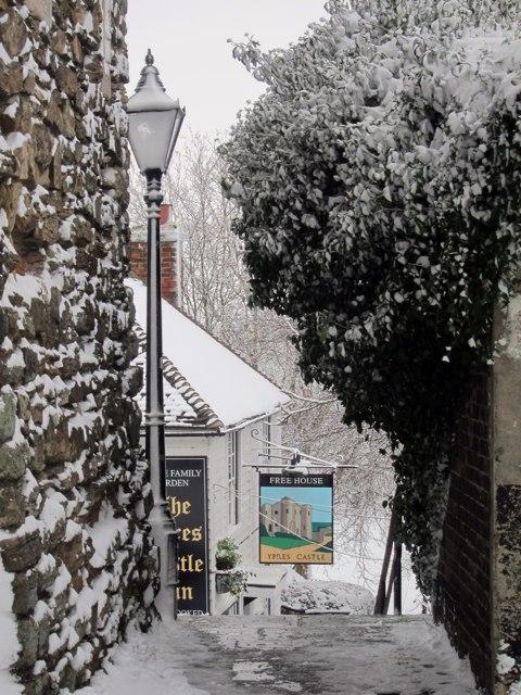 Path to Ypress Castle pub