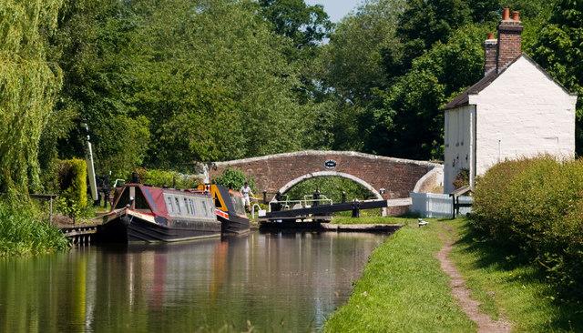 Old Hill Bridge & Tixall Lock, Staffs & Worcs canal