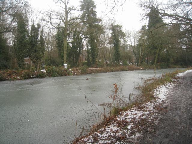Raised section of Basingstoke canal