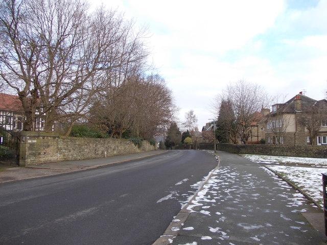 Nab Lane - viewed from Nab Wood Drive