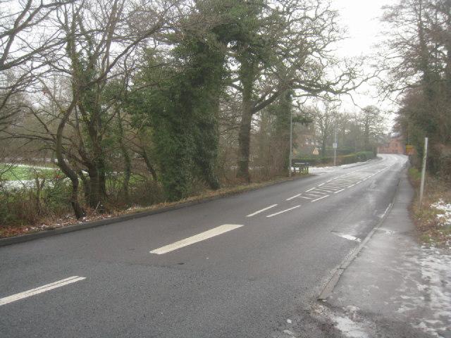 Crookham Road (direction Fleet)