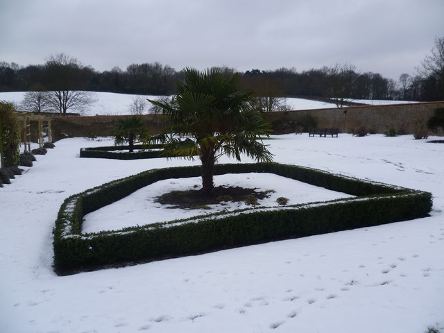 Snowy scene at Heathfield