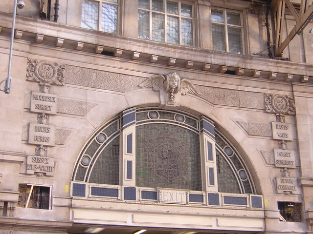 Waterloo Station: entrance archway showing destinations served