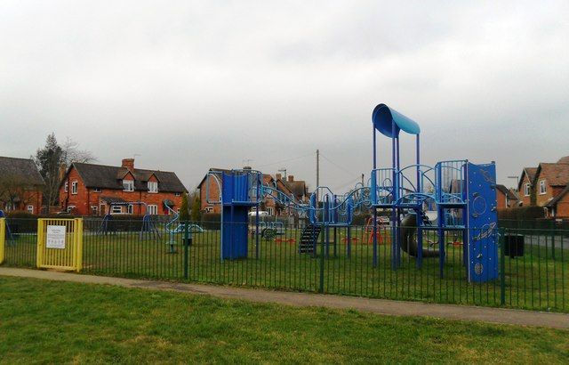 Play area, Ockford Ridge