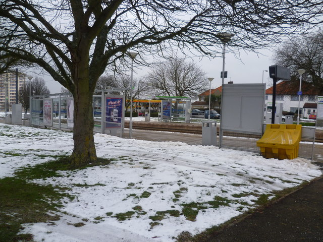 King Henry's Drive Tramlink Stop