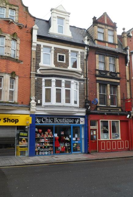 Chic Boutique, Newport
