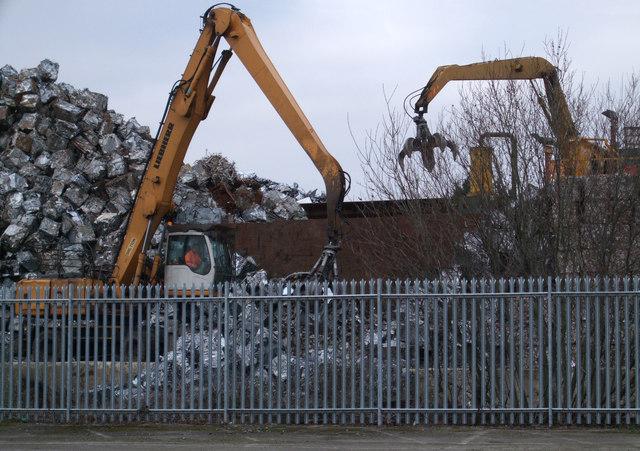 Metal recycling at the EMR scrap yard, Gipsy Lane