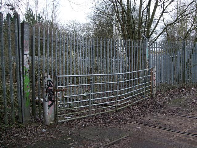 Gates blocking disused GWR Highworth branch line