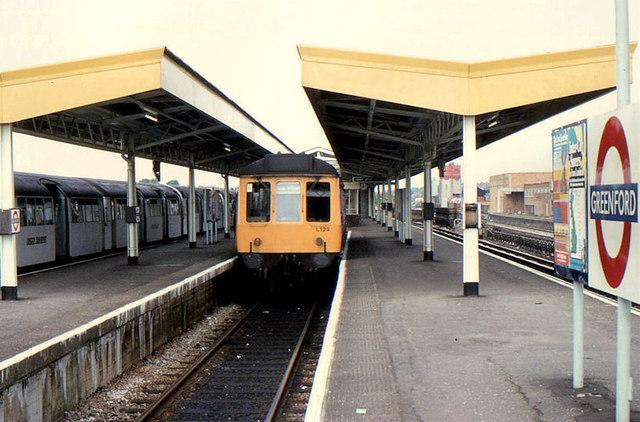 Greenford station (1982)