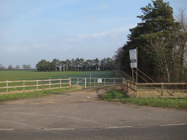 Cottenham point to point course entrance