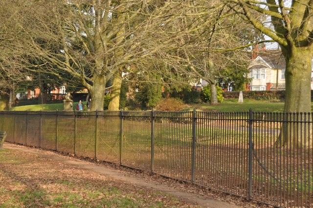 Tiverton : People's Park & Footpath