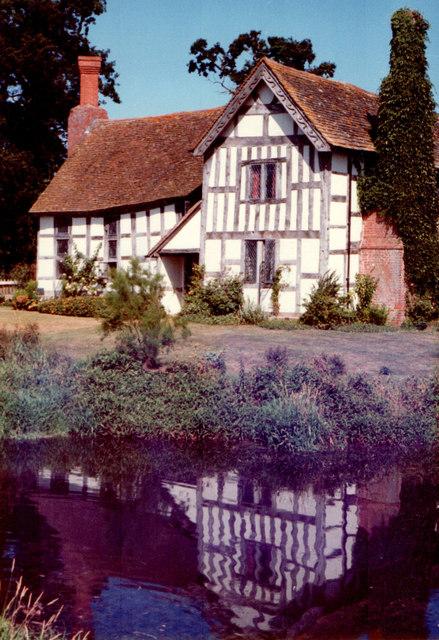 Lower Brockhampton Manor   1983