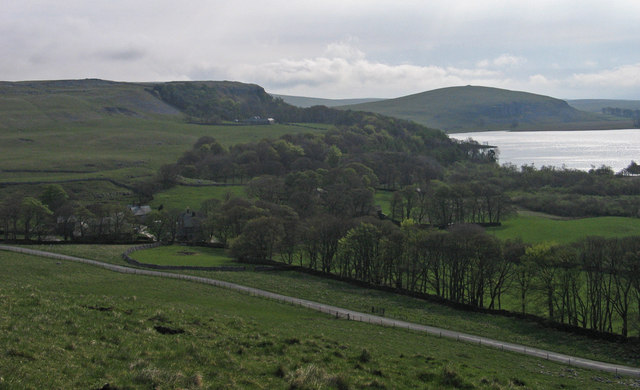 Minor road north-west of Malham Tarn