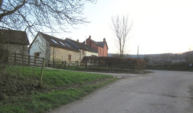 Entering Bodmiscombe