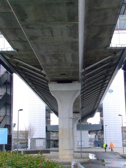 Pontoon Dock DLR station