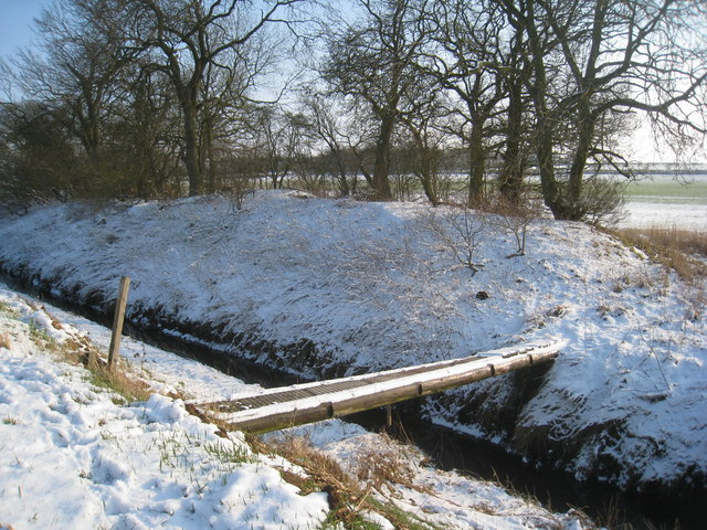 Footbridge over the remains of the Caistor Canal
