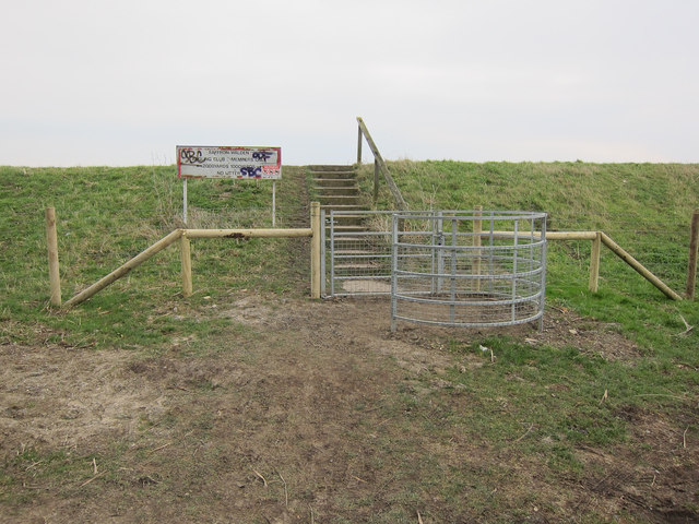 Steps up to River Great Ouse bank